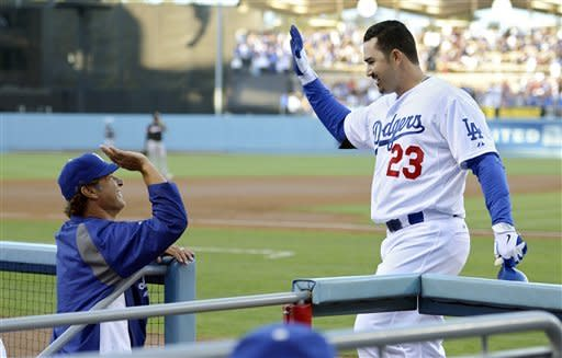 Gonzalez homers in debut, Dodgers beat Marlins 8-2