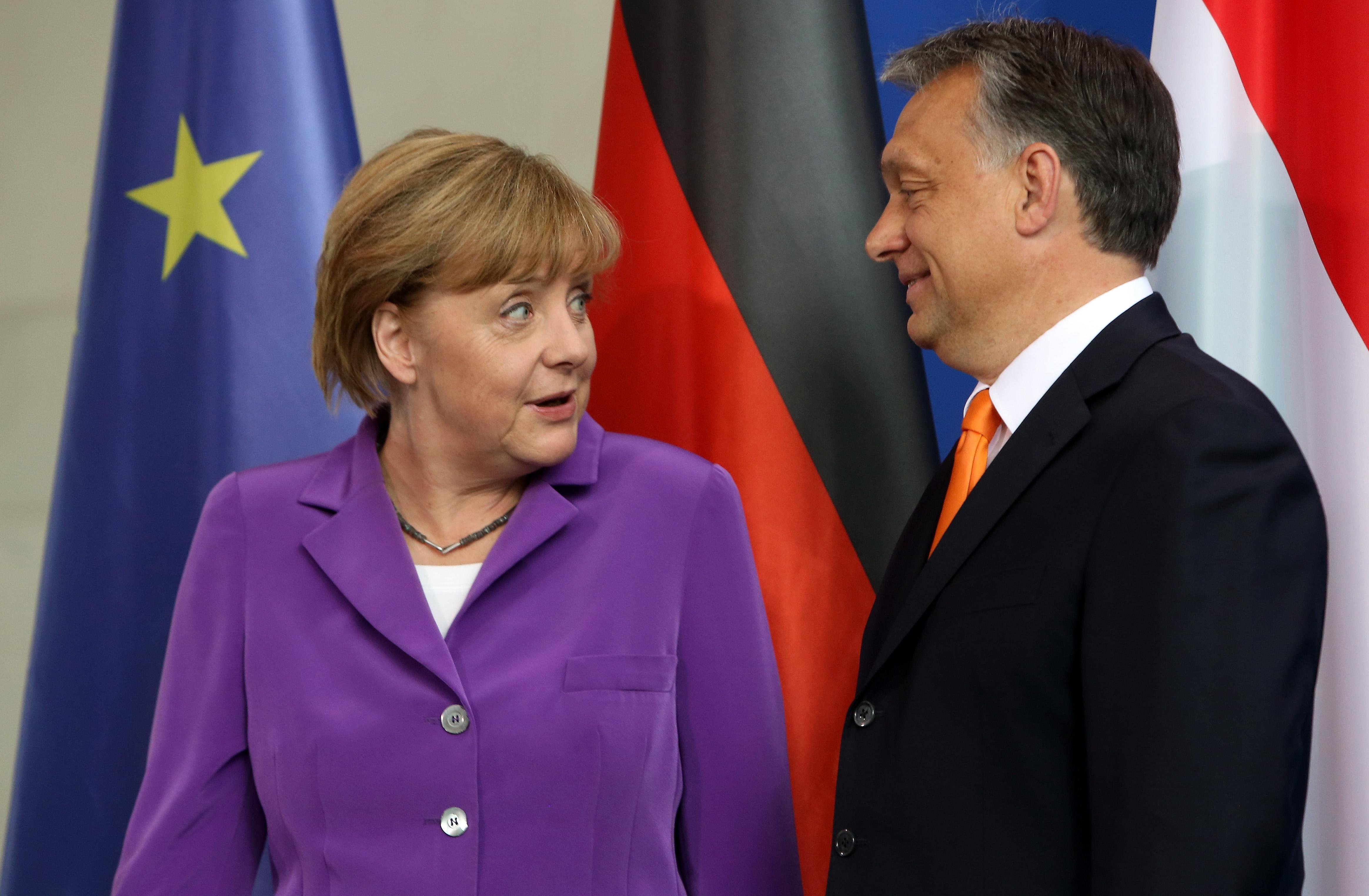 Hungary under pressure to pick sides in Russia-EU standoff
