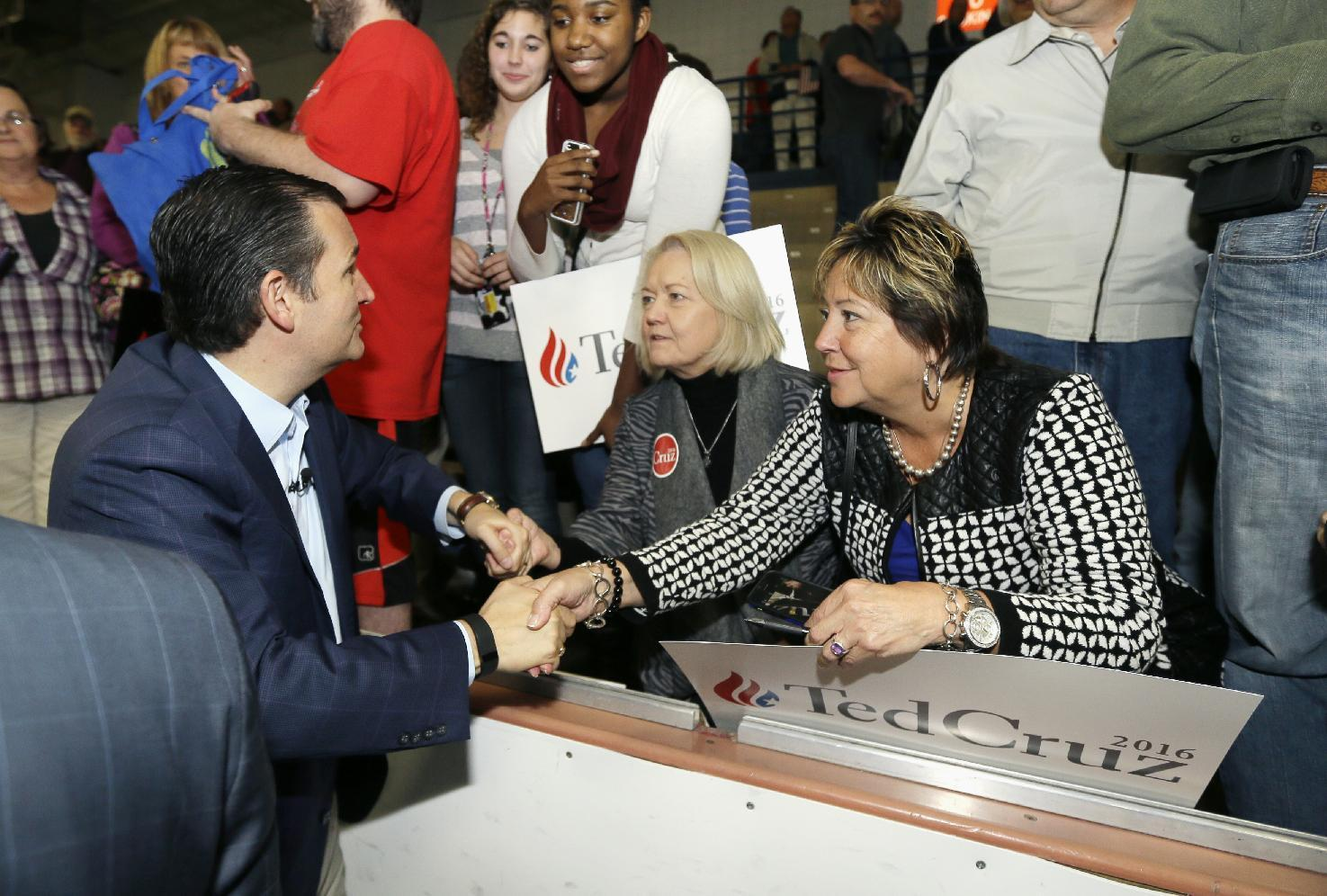 Sen. Ted Cruz: Allowing Syrian refugees into US is 'crazy'