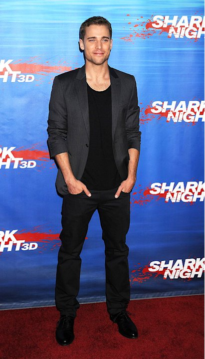 Shark Night 3D LA Premiere 2011 Dustin Milligan