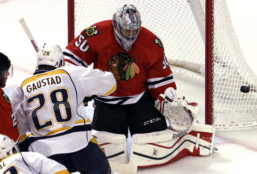 Crawford to start for Blackhawks against Wild