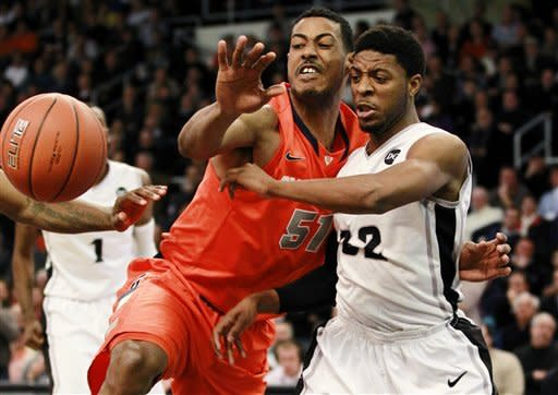 Top-ranked Syracuse holds off Providence 87-73