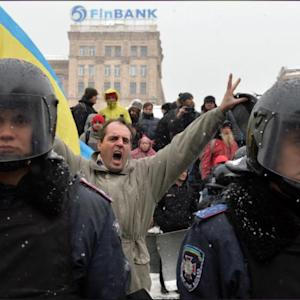 Ukraine President Proposes Amnesty For Detained Pro-West Protesters