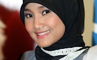 FOTO-FOTO: Fatin X Factor Makin Modis Hijabnya, Tapi Masih Malu-malu
