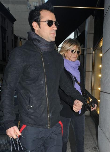 Jennifer Aniston Engaged to Justin Theroux, Plus More Recent Celeb Engagements