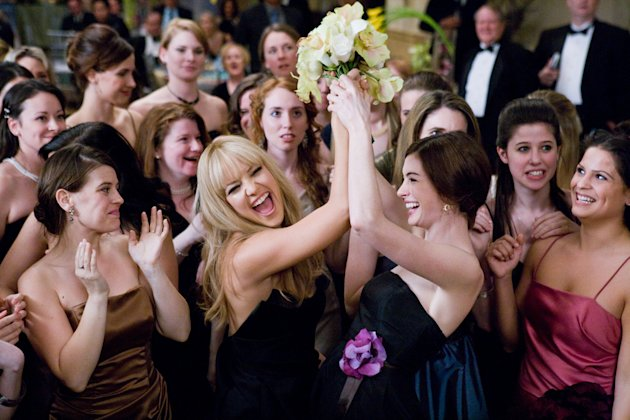 Kate Hudson Anne Hathaway Bride Wars Production Stills 20th Century Fox 2009