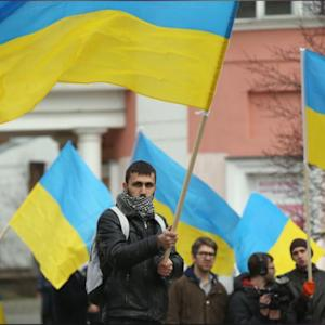 'Crimea Is Ukraine': Pro-Ukrainian Demonstrators Show Their Support