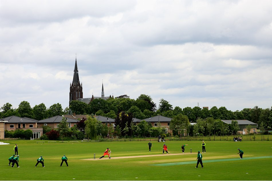 Netherlands v Worcestershire - Clydesdale Bank Pro40