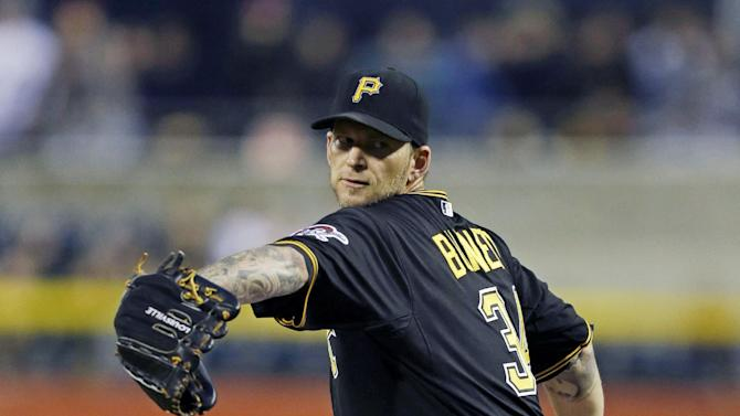 Burnett leads Pirates past Reds 4-2