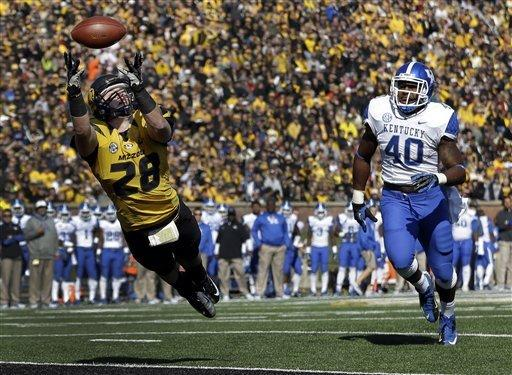 Missouri beats Kentucky 33-10 for 1st SEC win