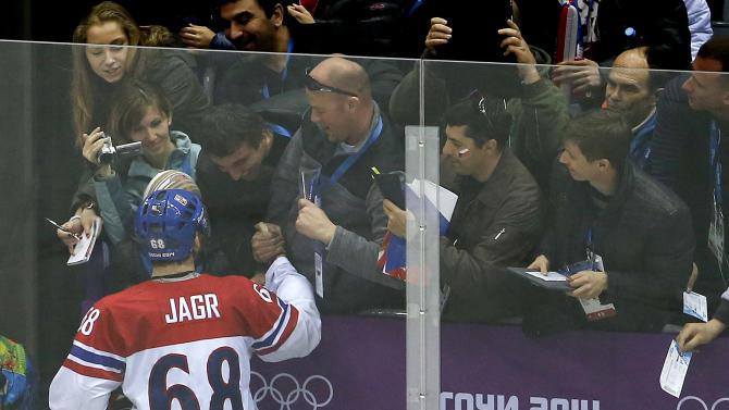 Over-40 hockey players flourishing at Olympics