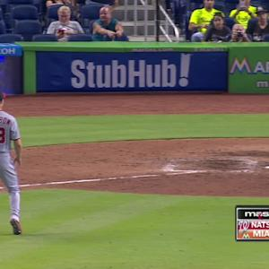 Papelbon earns first Nats save