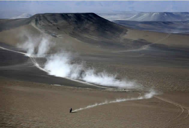 France's Cyril Despres rides his KTM motorcycle during the second stage of the Dakar Rally 2013, from  Pisco to Pisco