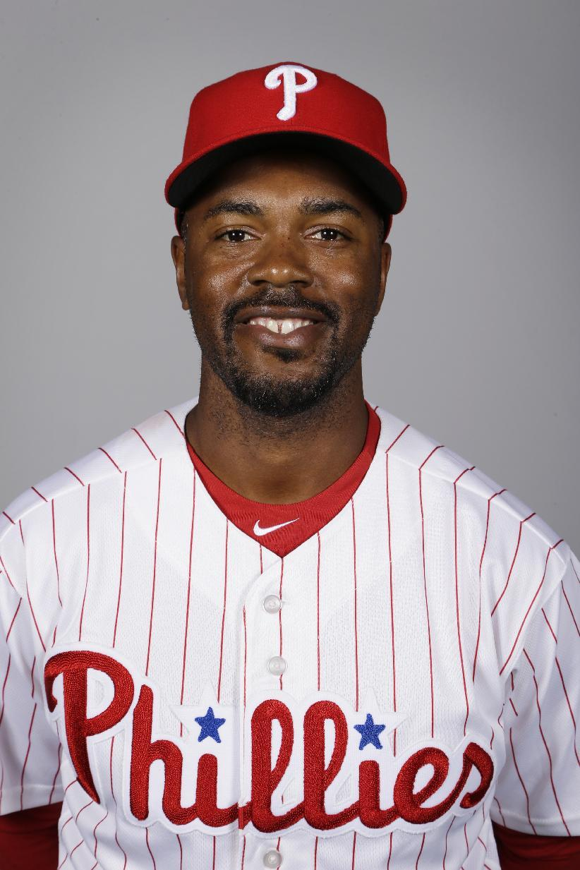 Phillies finalize deal sending Jimmy Rollins to Dodgers