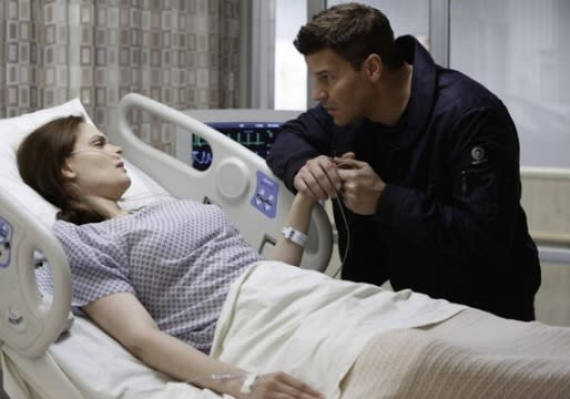 Bones' Emily Deschanel Previews Brennan's Brush With Death and a Possible Proposal