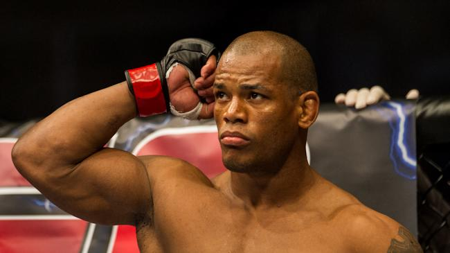 Hector Lombard Wants to Fight at UFC Fight Night 33 in Brisbane After Successful Welterweight Debut