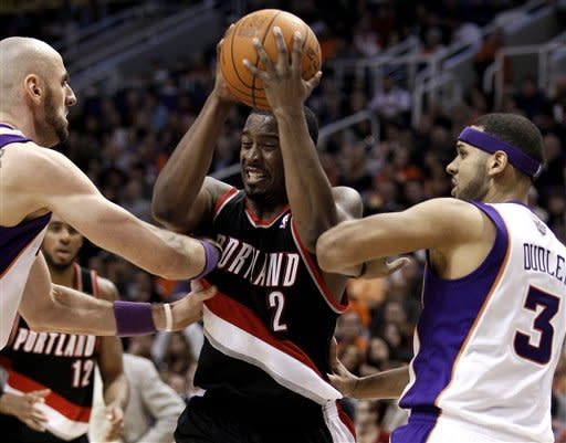 Nash, Suns roll over Trail Blazers 102-77