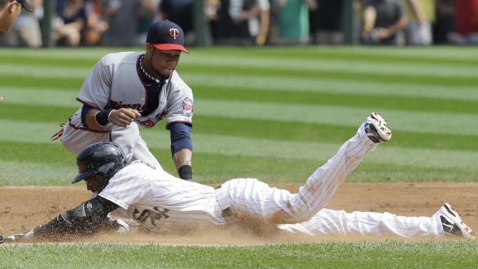 White Sox rally to beat Twins 5-4