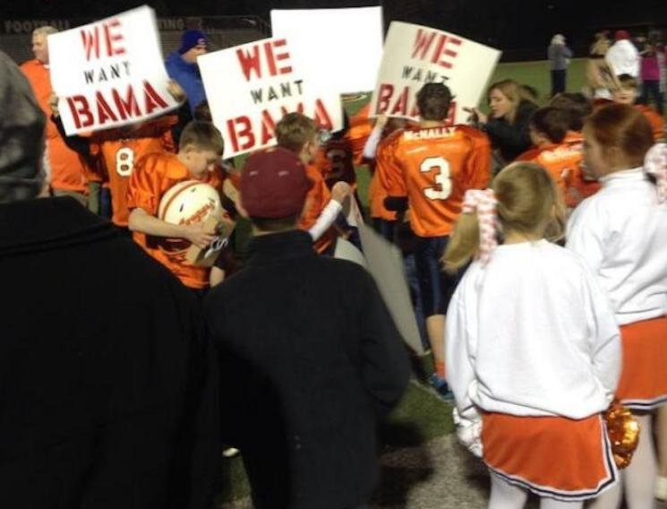 The third and fourth grade-champs from Mobile want 'Bama, as the signs make clear — Twitter