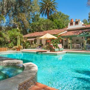 Live in Annie Potts's Home for $6.5 Million