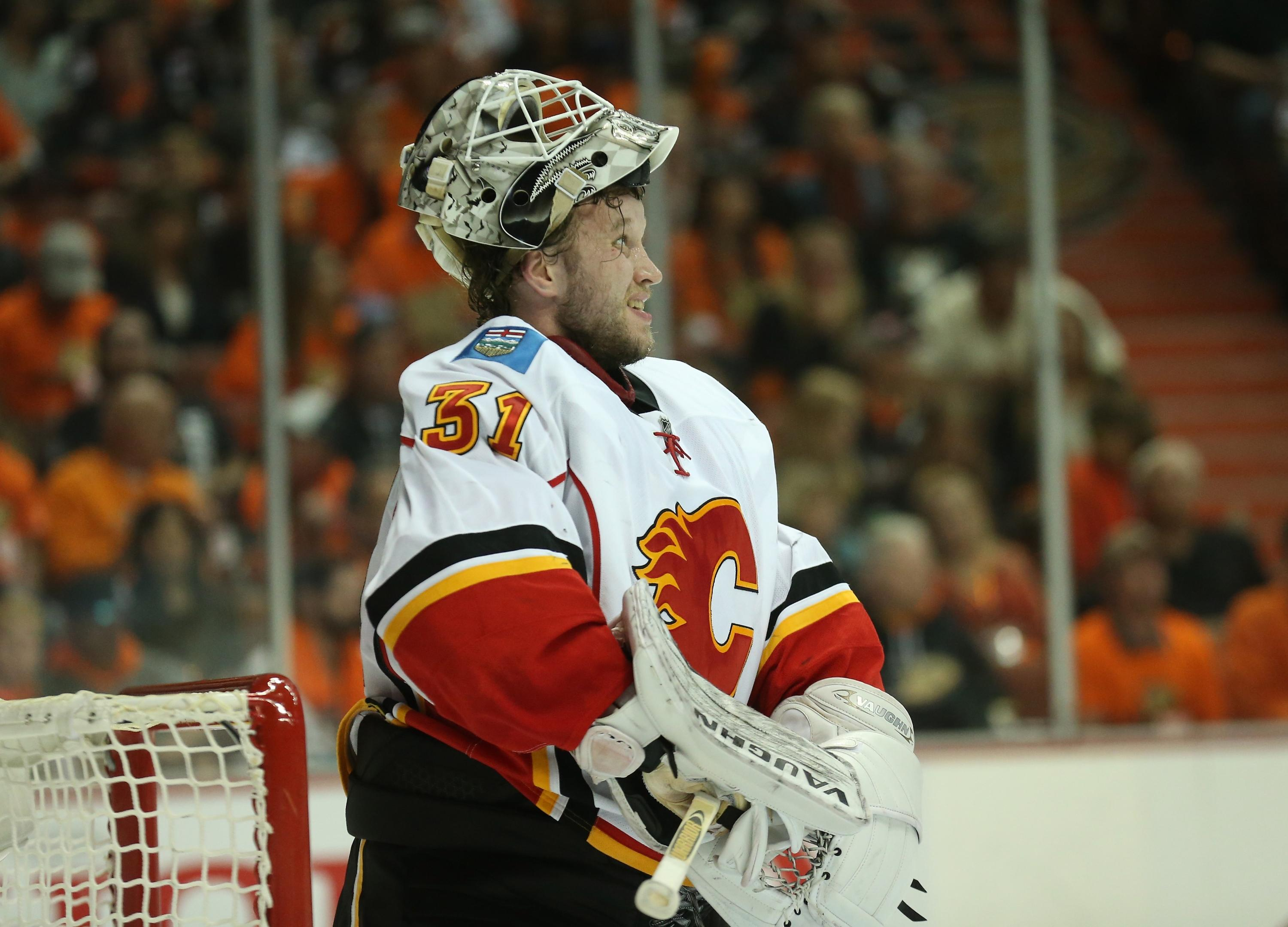 Calgary's goaltending controversy, and trying to make sense of it (Trending Topics)