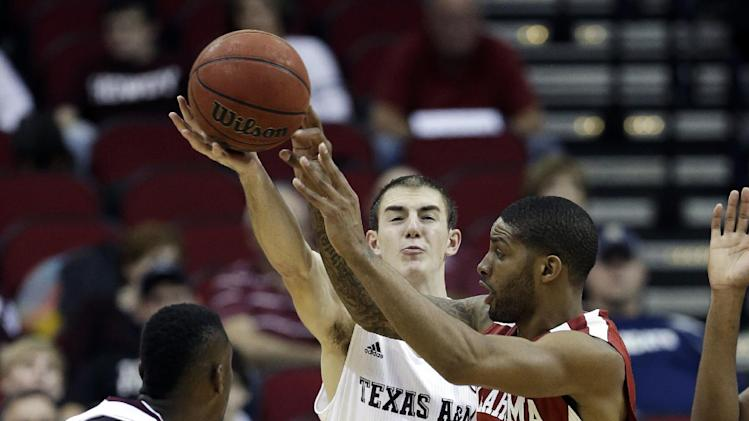Woodard sparks Oklahoma past Texas A&M 64-52