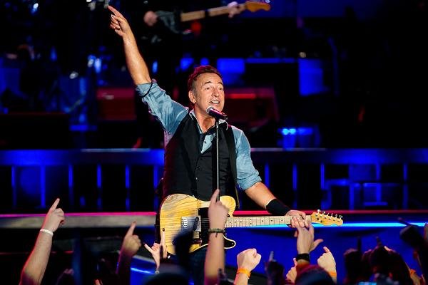 Bruce Springsteen Gets 409 Percent Sales Bump After DNC