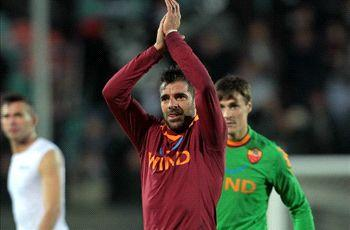 Roma veteran Perrotta announces retirement