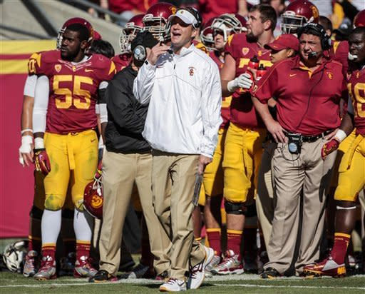 No. 21 USC rebounds for 38-17 win over Arizona St
