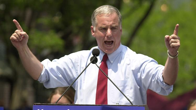 FILE - In this June 23, 2003 file photo, former Vermont Gov. Howard Dean points to the crowd in Burlington, Vt., during his presidential campaign announcement. Dean's fans will be gathering later in June 2013 to mark the 10th anniversary of the launch of his unsuccessful presidential campaign. (AP Photo/Toby Talbot, File)