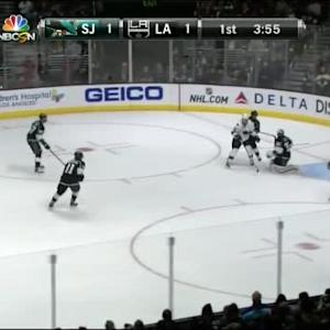 Jonathan Quick Save on Logan Couture (16:06/1st)