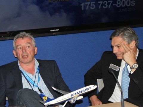 Ryanair CEO Michael O'Leary and Boeing commercial CEO Ray Conner at Paris Air Show 2013