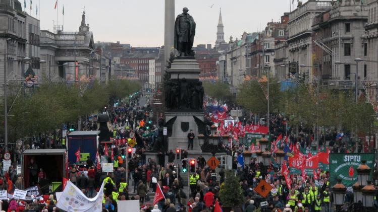 10,000 march in Dublin against next Irish budget
