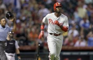 Phillies back on track with 12-6 win over Astros