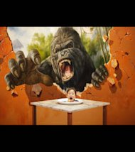 Attention petite fille! Il y&#39;a King Kong post juste derrire toi!