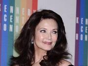 'Two and a Half Men' Books Lynda Carter for Season 11