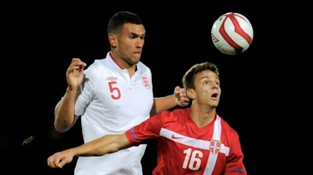 Caulker in action against Serbia (Imago)