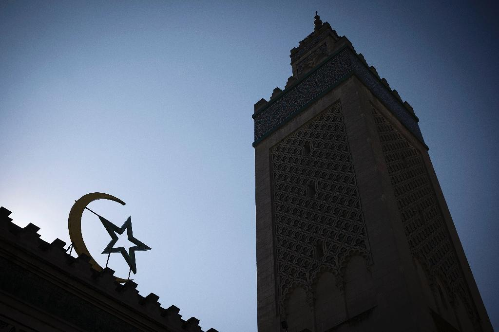 French Muslim body to create 'licence to preach' for imams