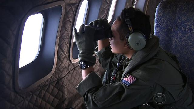 Who were the pilots of Malaysia Airlines Flight 370?