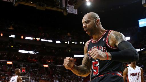 Boozer leads Bulls past Heat 96-89