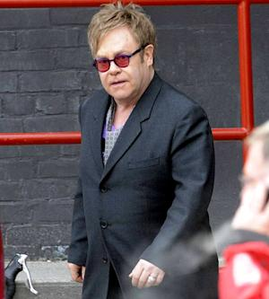 "Elton John Hospitalized for ""Serious"" Respiratory Infection"