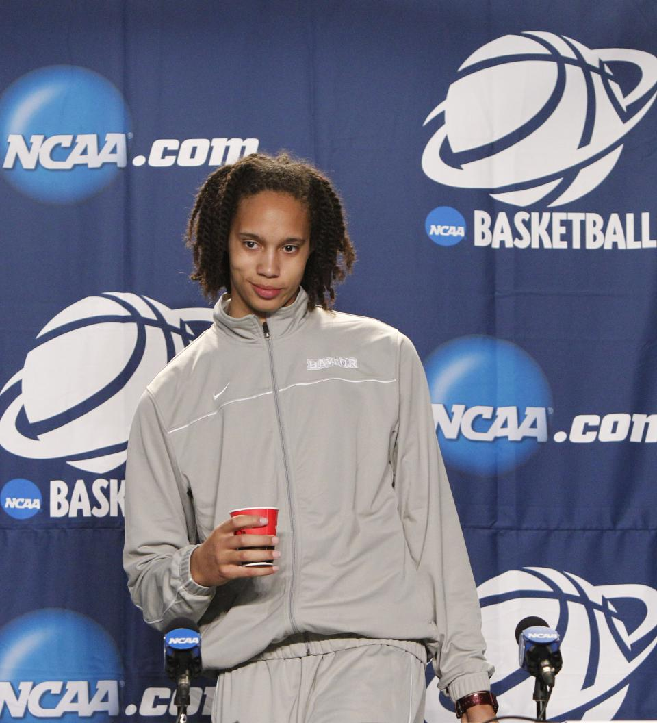 Baylor center Brittney Griner arrives for a news conference before the NCAA women's college basketball tournament regional final, Monday, March 28, 2011, in Dallas.  Texas A&M will face Baylor on Tuesday. (AP Photo/LM Otero)