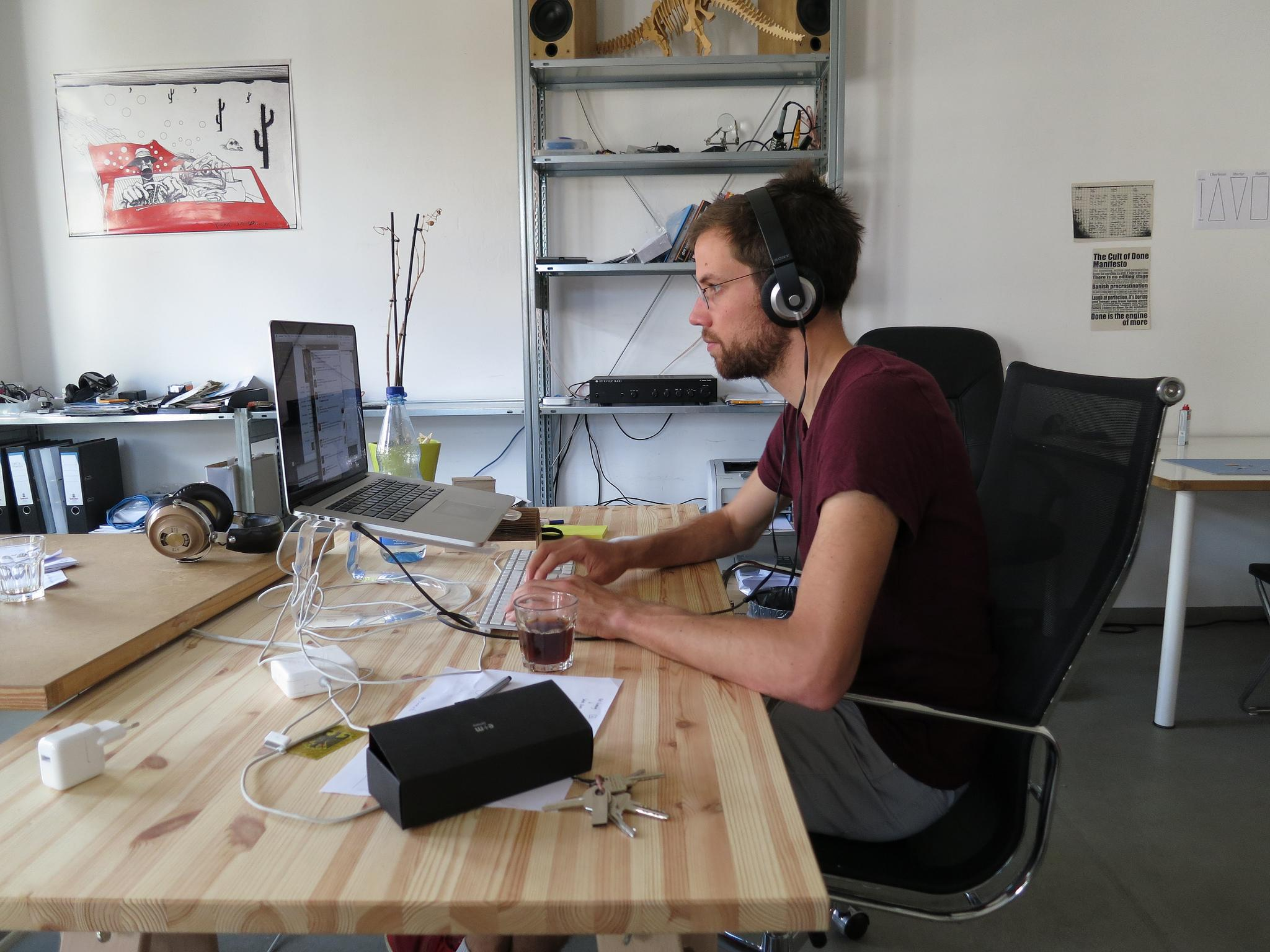The one thing every programmer should do to succeed in the tech industry, according to an ex-Microsoft engineer