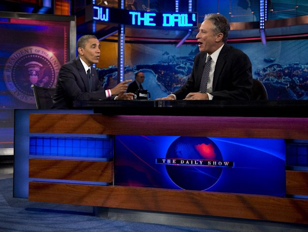 "President Barack Obama talks with Jon Stewart during a taping of his appearance on ""The Daily Show with John Stewart"", Thursday, Oct. 18, 2012, in New York. (AP Photo/Carolyn Kaster)"
