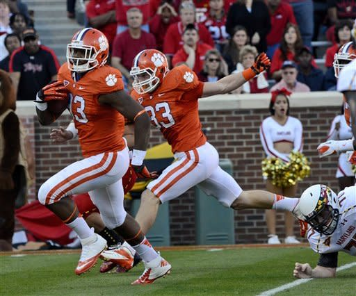 No. 10 Clemson beat Terps, 12th straight home win
