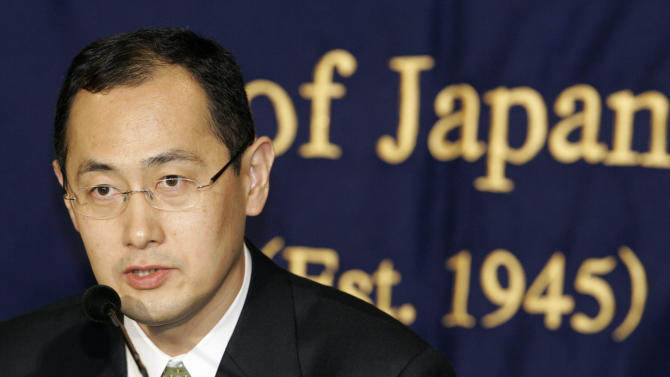 "FILE - In this Jan. 9, 2008 file photo, Shinya Yamanaka, a Kyoto University scientist who invented a new, easy-to-handle technology to create the equivalent of  human stem cells from ordinary tissue like skin, speaks at a press conference in Tokyo. Yamanaka and British researcher John Gurdon have won this year's Nobel Prize in medicine or physiology. The prize committee at Stockholm's Karolinska Institute said Monday, Oct. 8, 2012 that the two researchers won the award ""for the discovery that mature cells can be reprogrammed to become pluripotent."" (AP Photo/Shizuo Kambayashi, File)"