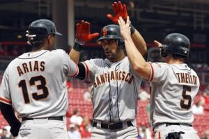 Pagan hits three-run homer to lead Giants