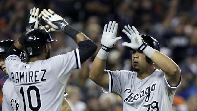 Abreu hits 31st homer, White Sox pound Tigers 11-4
