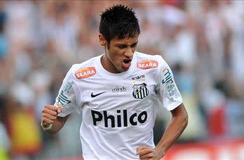 Santos vice president silent on Neymar fee