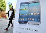 Samsung's Galaxy S3 overtook Apple's iPhone 4S in the third quarter to give the South Korean firm the world's best-selling smartphone model for the first time ever, a research firm said Thursday